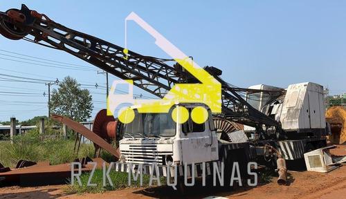 Imagem 1 de 8 de Guindaste Fnv Bucyrus Sobre Rodas Treliçado  45 Ton - 1070