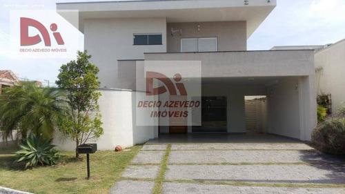 Casa Com 3 Dormitórios À Venda Por R$ 850.000,00 - Campos Do Conde Chambord - Tremembé/sp - Ca0104