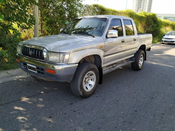 Toyota Hilux Srv 3.0d 4x2 D/c