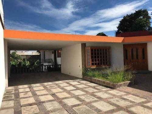 Renta De Bonita Residencia En Acapantzingo Cuernavaca