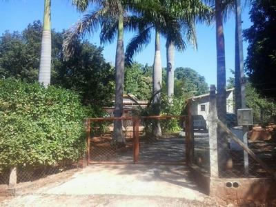 Bela Chácara Em Sete Lagoas Silva Xavier Com 1000 Metros Quadrados 03 Quartos Piscina. - 2586