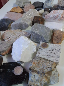 Coleção/ Kit De Rochas E Minerais Brutos Com 30 Unidades Geo