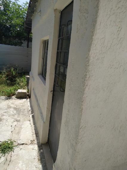 Alquilo Casa,barrio Obelisco!!!!