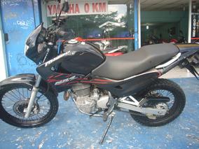 Honda Nx 400 Falcon Preta 2005 R$ 8.999 (11) 2221.7700
