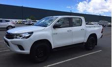 Alquiler De Camioneta 4x4 Toyota Hilux 2017 Con Chofer