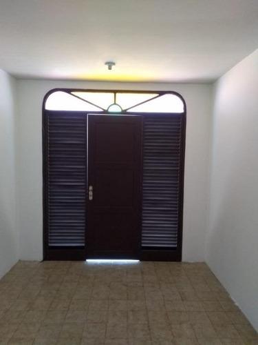Apartamento Com 3 Dormitórios À Venda, 104 M² Por R$ 200.000,00 - Fátima - Fortaleza/ce - Ap2179