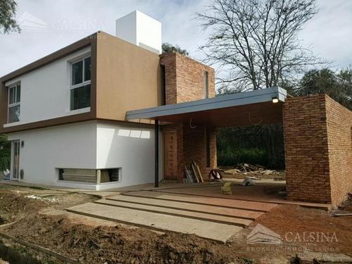 Casas En Venta 3 Dormitorios - Housing Del Golf -  Villa Allende Golf - Cba