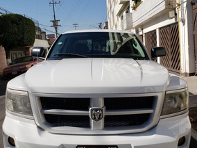 Dodge Dakota Slt Crew Cab 4x2 At 2012