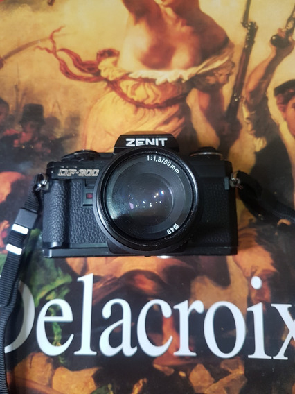 Câmera Analógica Zenit Df 300 + Lente Zenit 50mm 1.8