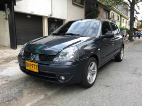 Renault Clio Expression 1.6 At 2012
