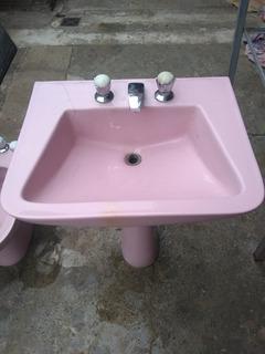 Vanitory Lavatorio De Baño Color Rosa Usado