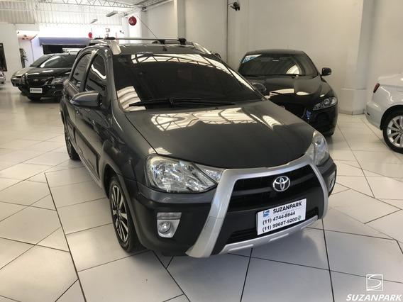 Toyota Etios Cross 1.5 2015