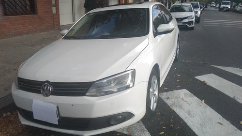 Volkswagen Vento 2.0 Luxury I 140cv 2013