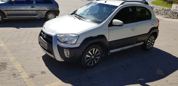 Toyota Etios Cross 1.5 16v 5p 2016