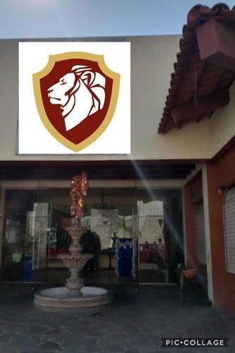 Excelente Terreno De Uso Comercial En Venta En Guadalajara