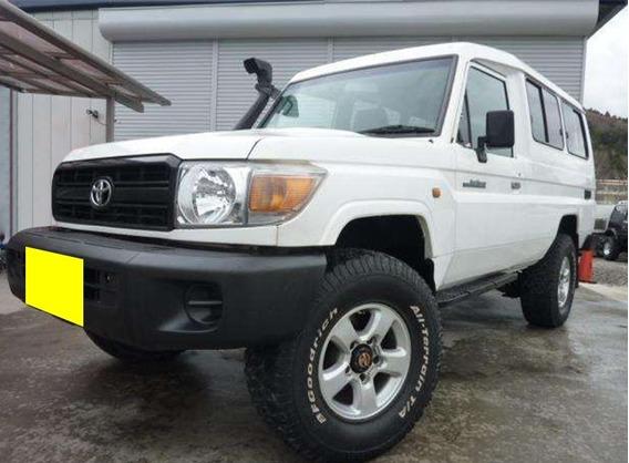 Toyota Lancruiser Macho