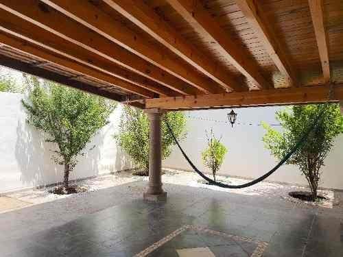 Muy Bonita Casa En Santa Fe Juriqullla, Muy Buenos Acabados