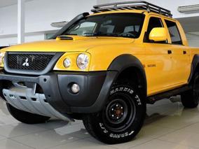 Mitsubishi L200 Savana 2.5 4x4 Amarelo
