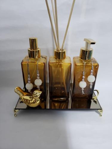 Imagem 1 de 9 de Kits Lavabo Banheiro Saboneteira Difusor Bandeja Luxo 250ml