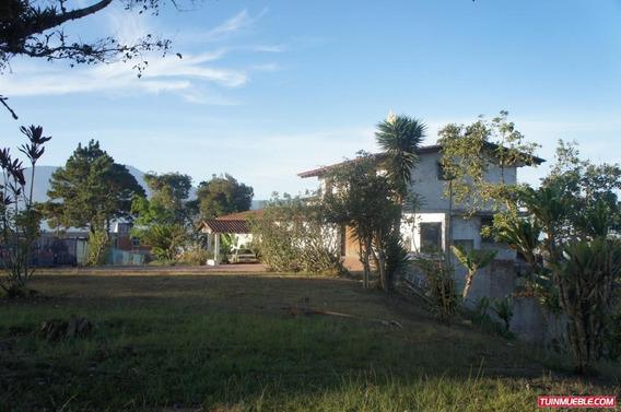Casa En Venta Urb. La Lagunita Country Club Cod. 15-6963