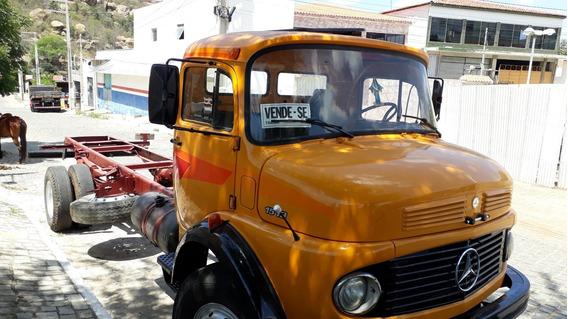 Caminhão 1513