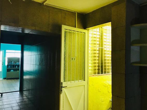 Casa Ampla Com 2 Dormitórios No Centro De São Paulo