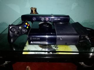 Xbox 360 Slim E + Kinect +15 Juegos + 2 Controles