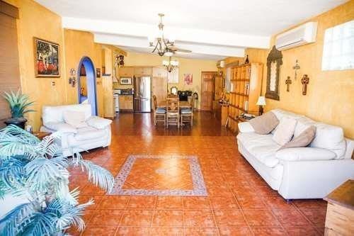 Hermosa Casa Solo Unos Pasos De Nuestro Famoso Malecon Y Minutos De Las Mejores Playas Del Mundo En La Paz, Bcs