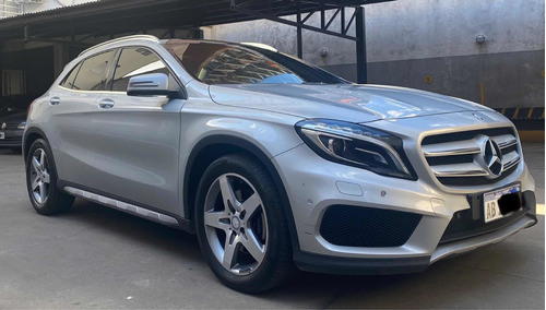 Mercedes-benz Clase Gla 2.0 Gla250 Amg-line 211cv 2017