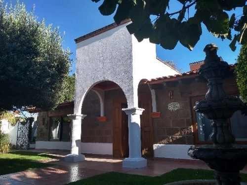 Casa En Venta En Colinas Del Bosque Querétaro