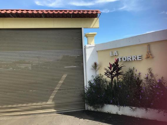 Se Alquila Casa En Desamparados De Alajuela De 3 Cuartos.