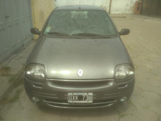 Renault Clio 1.6 Rt Symbol 2001