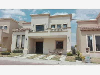 Casa Sola En Renta Privada Con Casa Club Y Alberca, Residencial Provenza.