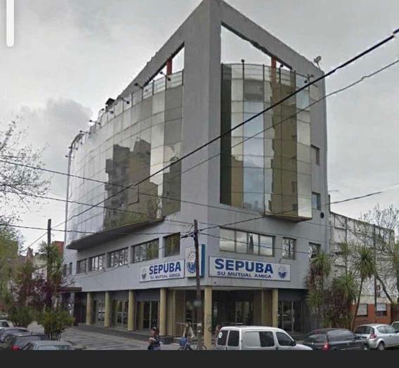 Alquilo Importante Edificio En Block