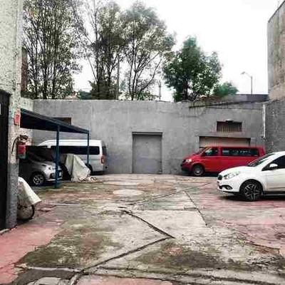 Renta De Terreno Con Local Comercial En Paseo De La Reforma