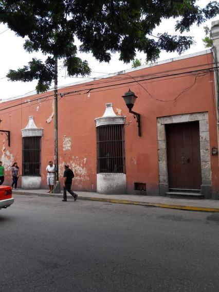 Hermoso Predio Colonial Franciscano En El Centro Histórico De Mérida.