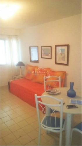 Apartamento En Península.- Ref: 2254