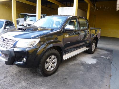 Imagem 1 de 11 de Toyota Hilux 2014 Cabine Dupla