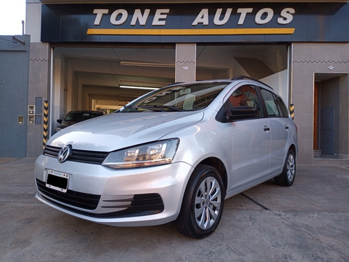 Imagen 1 de 12 de Volkswagen Suran 2015 Comfortline 1.6n