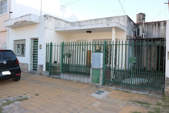 Casa En Venta San Justo Pileta Parrilla Ideal 2 Familias