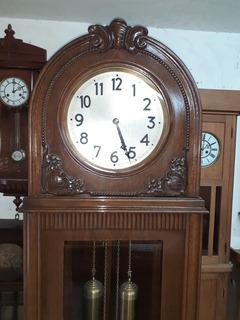 Reloj De Pie Marca Junghans