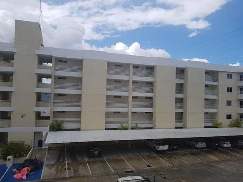 Imagen 1 de 13 de Venta De Apartamento Confortable En Altamira Gardens 20-5314