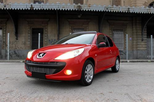 Peugeot 207 Compact 1.6 Image