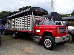 Camion De Estacas