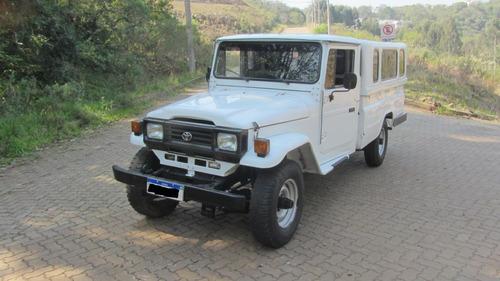 Imagem 1 de 9 de Camioneta Toyota Bandeirante Ano 1998 Bj55lp Bl3