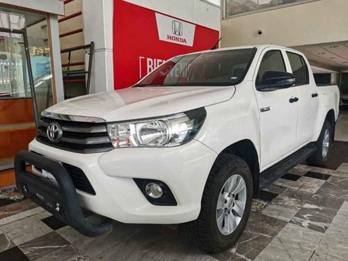 Imagen 1 de 15 de Toyota Hilux 2019 4p Doble Cabina Sr L4/2.7 Man