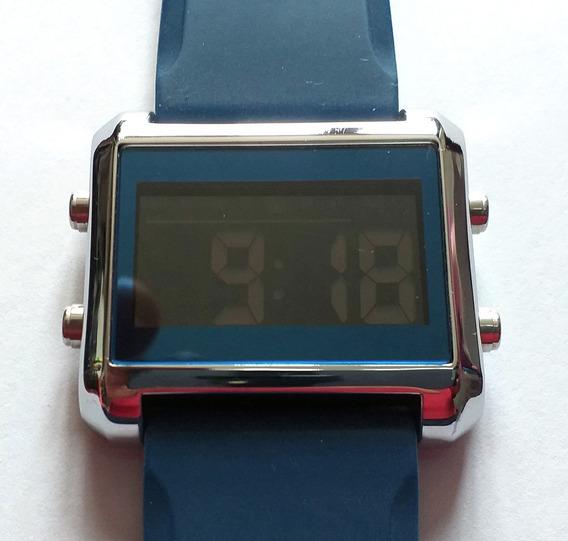 Reloj Digital Oriflame Leader Color Azul
