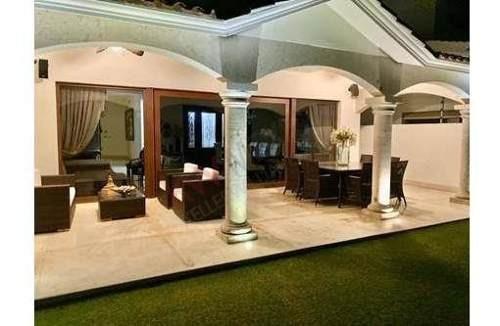 Se Renta Casa En Los Lagos