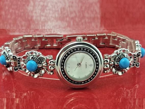 Relógio Quartz Prata, Com Detalhes Turquesa Na Pulseira