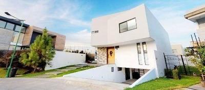 Hermosa Residencia En Renta En Los Sueños En Guadalajara
